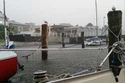 Regen im Hafen von Travemünde