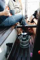 ungewöhnliche Kaffeezubereitung mit Campingkocher an Bord