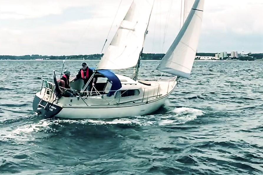 Segelyacht Dehler Optima 830