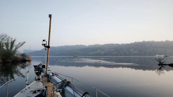 Hafeneinfahrt bei Tespe am Morgen