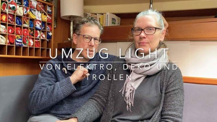 Umzug-light-Von-Elektro-Deko-und-Trollen